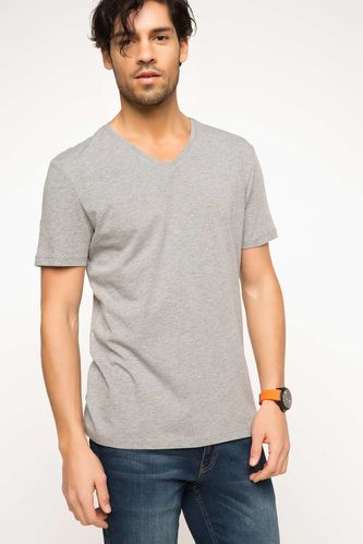 Basic V Yaka T-shirt DeFacto